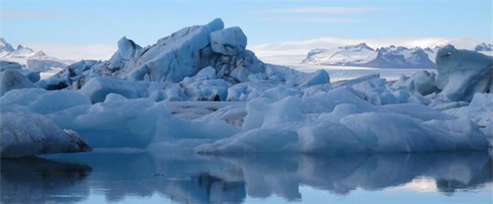 冰島教堂鎮->赫本:冰川健行、冰河湖、龍蝦大餐、極光