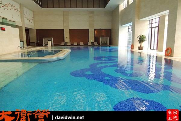 西安臨潼悅椿溫泉酒店的泳池也是一絕