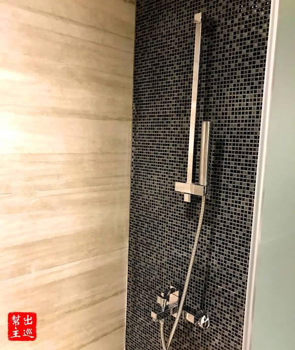 廁所是採用了淋浴的形式,水壓與水溫都很好