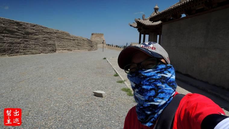 幫主把全身包的如此嚴實,這大漠的太陽我可不敢小覷
