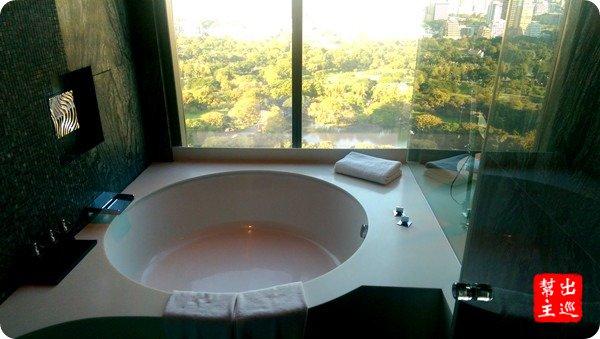 想要泡個有景觀的澡,就要水元素了
