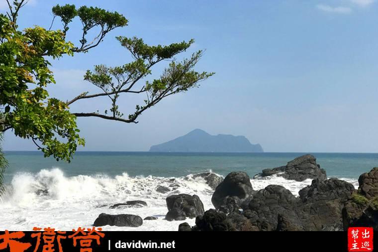 整座公園是沿著海濱的礁岩而建,所以大海就在你身邊,處處都值得讓你停下腳步拍照