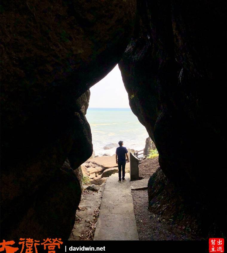 巨岩夾峙形成了獨特的一線天奇觀