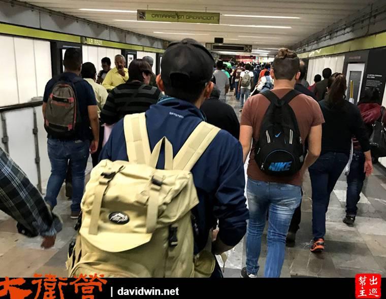墨西哥地鐵站內部