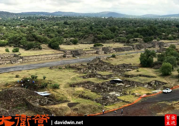 現場還在持續的進行考古的研究與挖掘