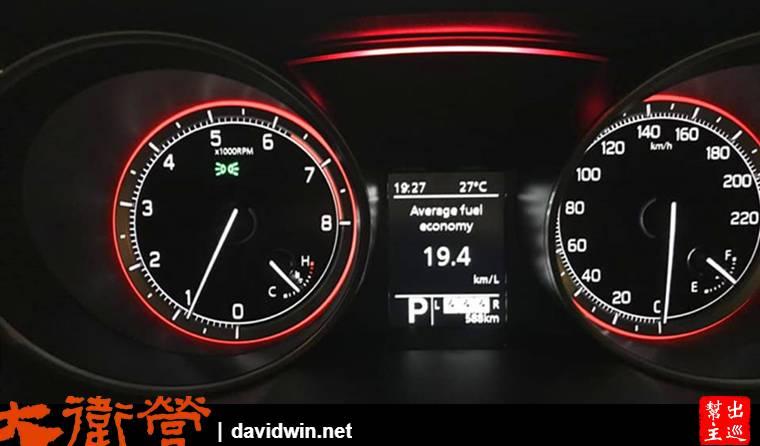 SUZUKI SWIFT 1.0儀表版與油耗