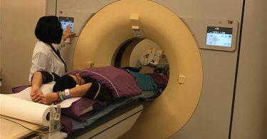 電腦斷層可以偵查隱藏在胸椎、肋骨、肝臟前後等地方的小腫瘤