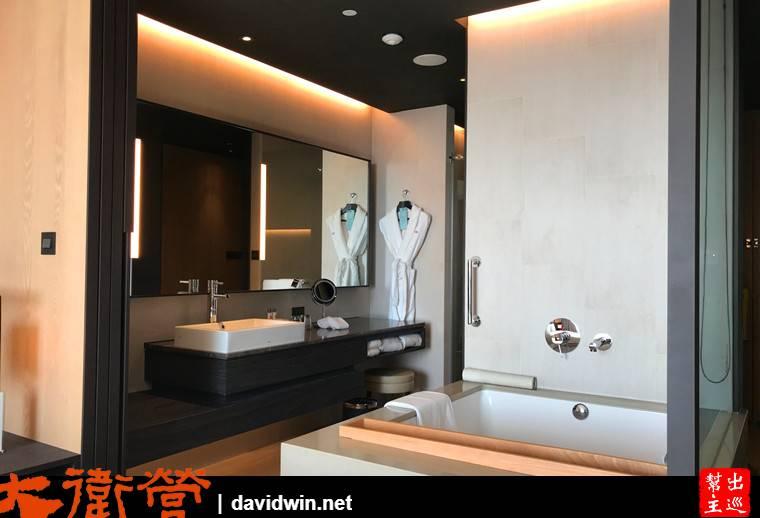 衛浴方面,最吸引人的就是大大的浴缸了