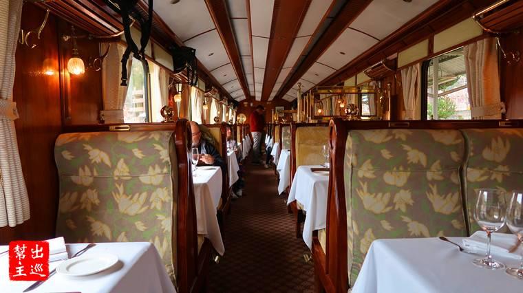 整個車廂的感覺讓人想起電影《東方快車謀殺案 Murder on the Orient Express》場景