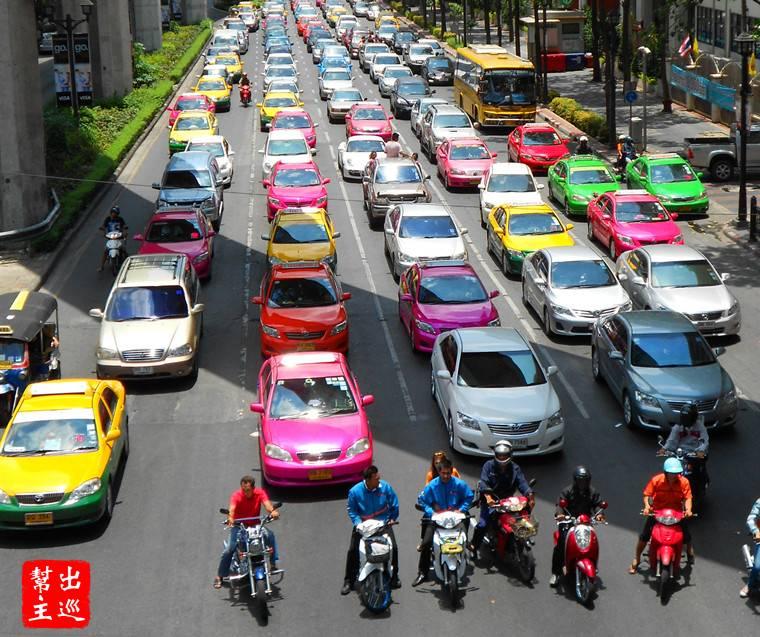 曼谷的計程車口碑真的是很差,連泰國人自己都很不爽,拒載短程、喊價不跳表、繞路