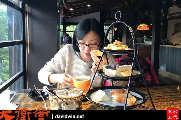 三五好友姊妹淘在擁有這麼好View的環境,吃吃甜品、喝咖啡聊是非,下午時光很容易打發