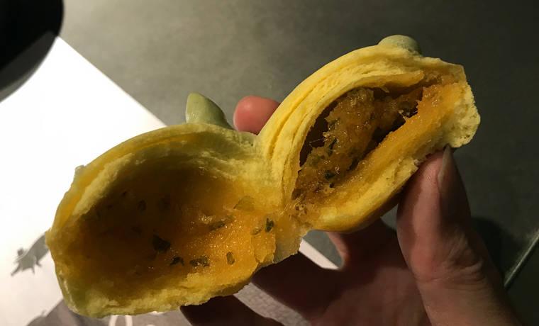浙江杭州西湖嘉里中心豬爸餐廳松茸豬包